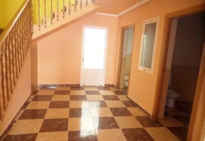Casa a Zona calle Concordia / calle Covadonga