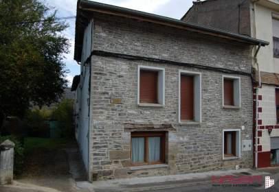 Casa adosada en Urbina