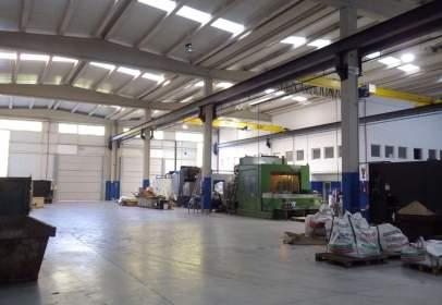 Nave industrial en calle Irunzubi Industrialdea