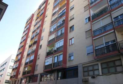 Flat in calle Concepción Arenal, nº 15