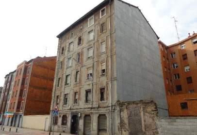 Storage in calle Chavarri, nº 57