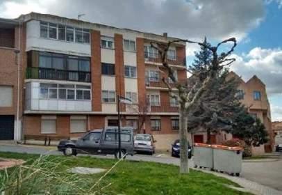 Piso en calle Calvo Sotelo, nº 15