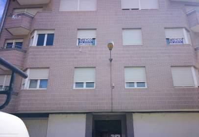 Flat in calle de Los Linares Rivas, nº 41