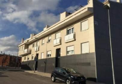 Flat in calle Almudaina, nº 1