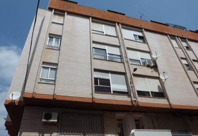 Flat in calle Forcall, nº 1