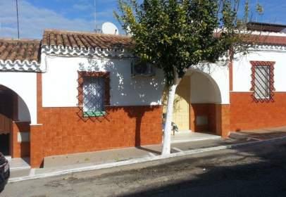 Casa en calle Luis Rosales, nº 12