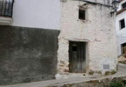 Casa adosada en calle Fray Leopoldo, nº 9-11