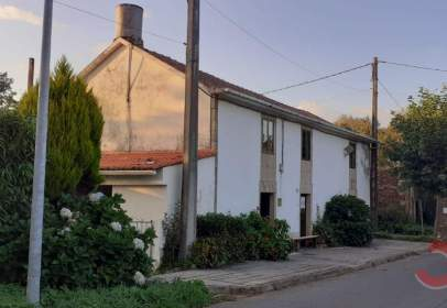 House in Alrededores