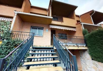 Casa adossada a Guadarrama