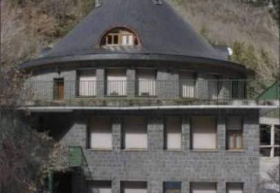 Edificio en Sarvise