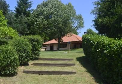 Casa a Santurde