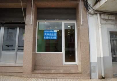 Local comercial en calle del Doctor Don Ramón y Cajal, nº 11