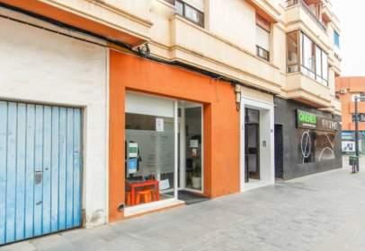 Local comercial en Los Montesinos