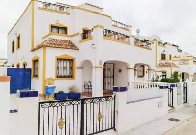 Casa pareada en Los Montesinos
