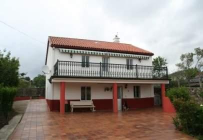 Casa en calle Fachan-Taragoña