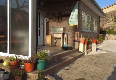 Casa en calle Cruceiro- Sobrada