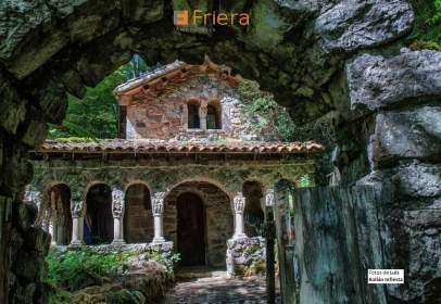 Casa en Santo Adriano