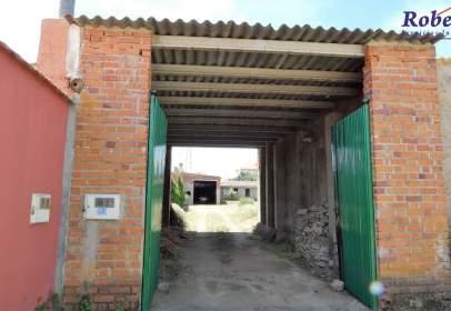 Nave industrial en Narrillos de San Leonardo