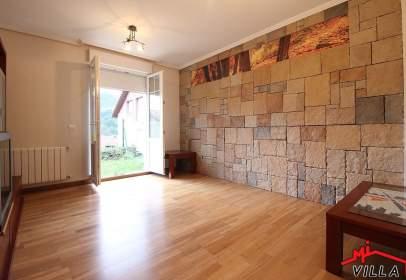 Chalet pareado en Ampuero