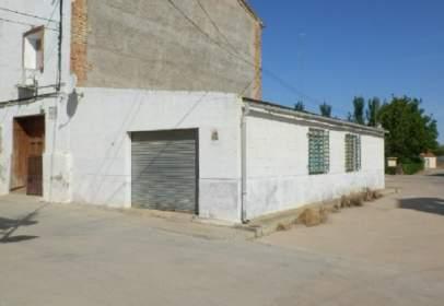 Almacén en calle Clavero Manuela, nº 2