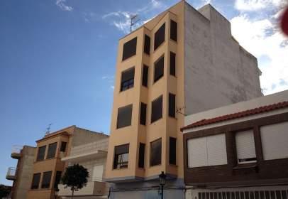 Pis a calle Mestro Don Federico Vidal, nº 16