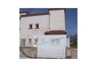 Casa en calle calle de La Senia, nº 8