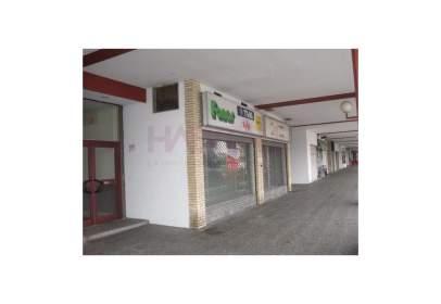 Local comercial a Miralbueno
