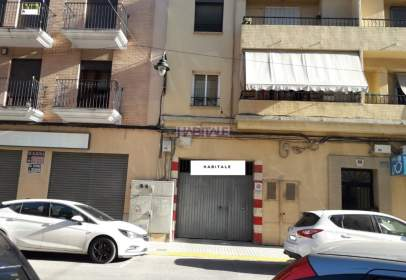 Garaje en calle Avinguda de València, nº {Property_Private_Address_Number}