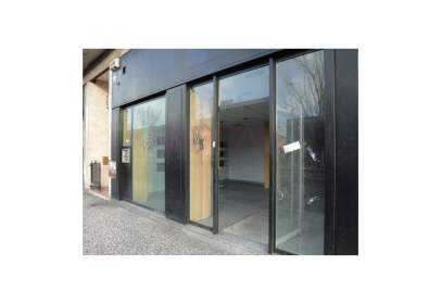 Local comercial a calle Av. Cataluña, nº 128