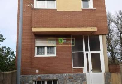 House in calle Los Tendales