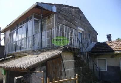 House in Vilar de Santos