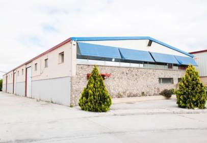 Nau industrial a Avenida Chopo, Pol Ind Nicomedes Garcia