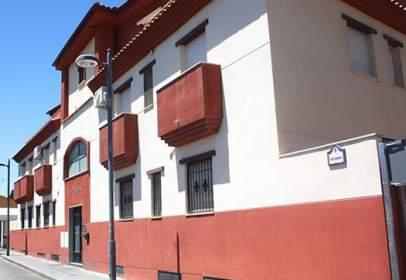 Piso en calle Fray Bartolome de Las Casas