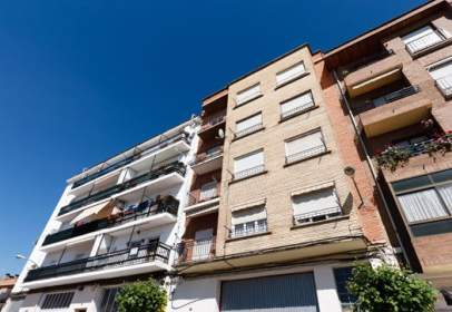 Flat in calle de Julio Longinos, nº 3