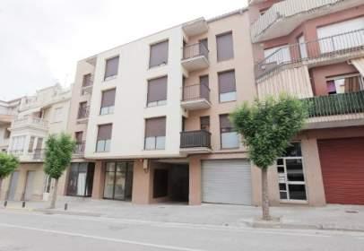 Local comercial a calle Carretera Cardona, 35-37