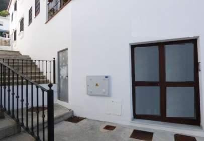 Traster a calle Urbanización los Balcales, calle Puerta del Molino