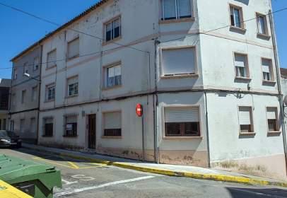 Flat in calle de Extramuros, nº 26