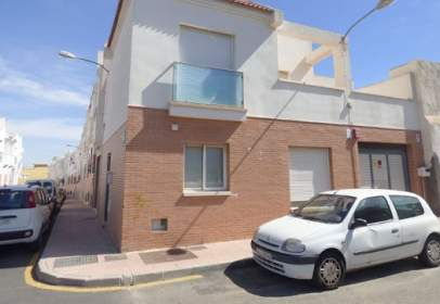 Chalet in calle Platero