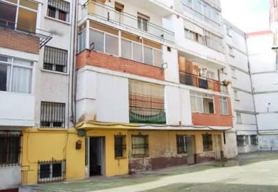 Piso en calle Santa Maria-, nº 18