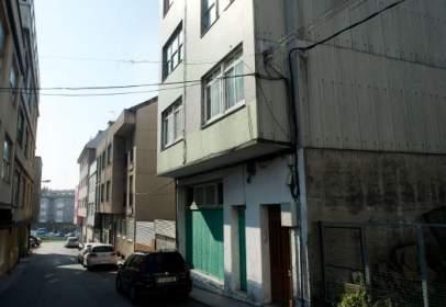 Flat in calle Devesos, nº 16