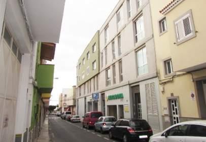 Piso en Avenida Maxorata Edif.Guaymar I