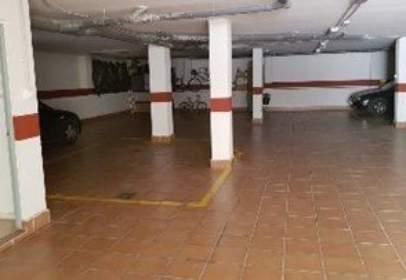 Garatge a Avenida Alvarez Quintero Edif Jesus de Nazaret