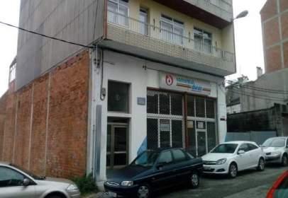 Local comercial en calle Monte Cuadramon, nº 8