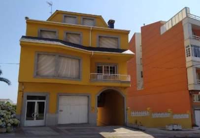 Flat in Avenida de Arcadio Pardiñas, near Calle de Barridal