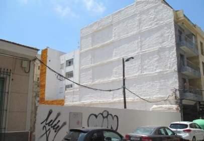 Land in calle de Pedro Lorca, near Calle de Ramón Gallud