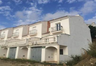 Apartamento en calle C/ El Mirador de Alozaina nº 1