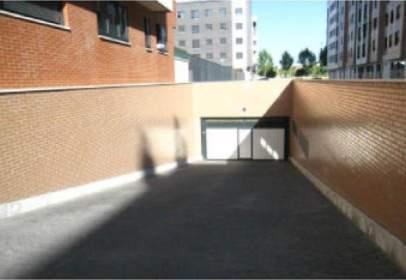 Garatge a calle del Monasterio de Santa María de Montserrat