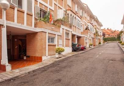 Casa adossada a calle Santillana del Mar, 1