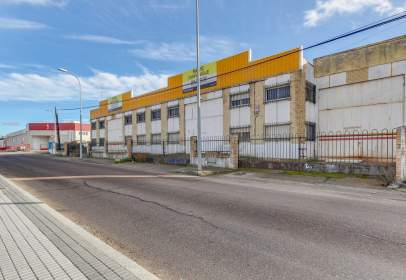 Nau industrial a calle Hermanos Bonet - Polígono Montalvo I, nº 9