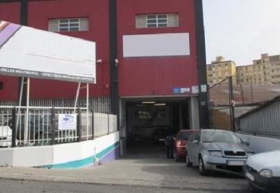 Nau industrial a calle Las Piramides, nº 2